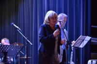 Jazzový poetický večer - Poezii přednesla společně s Jiřím Svobodou ředitelka MěK Znojmo Věra Mašková
