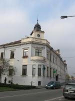 Původně Katolický dům - sídlo okresní knihovny v letech 1965 - 2000 (na fotu současný stav budovy)