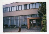 Budova knihovny a Klubu důchodců