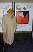 Vernisáž retrospektivy Jana Rajlicha Hloubka plochy, které se 10. 11. 2016 osobně zúčastnil v Galerii Václava Chada na Zlínském zámku, foto archiv autora