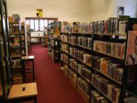 Oddělení pro dospělé čtenáře Městské knihovny Loket