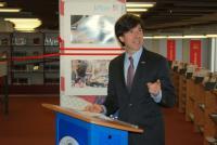 Slavnostní projev velvyslance USA, zdroj: archiv Amerického centra Praha a MZK