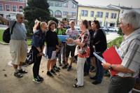 Komentovaná procházka po rožnovském náměstí pro žáky ZŠ