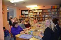 Místní knihovna Kořenec, kurzy pletení košíků z pedigu, fotografie H. Matulová