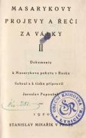 Ukázka knih, které musely být z knihoven v roce 1952 vyřazeny.