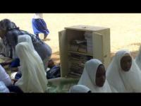 Box s knihami pro děti ze základních škol