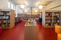 Interiér knihovny - beletrie