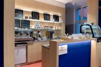 Interiér knihovny - kavárna