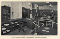 Historický snímek interiérů knihovny